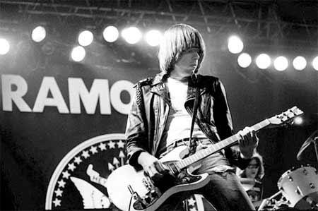 Johnny Ramone guitariste