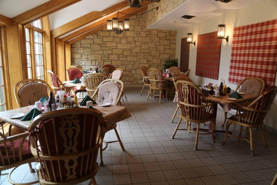 Apartment Terrace Dining