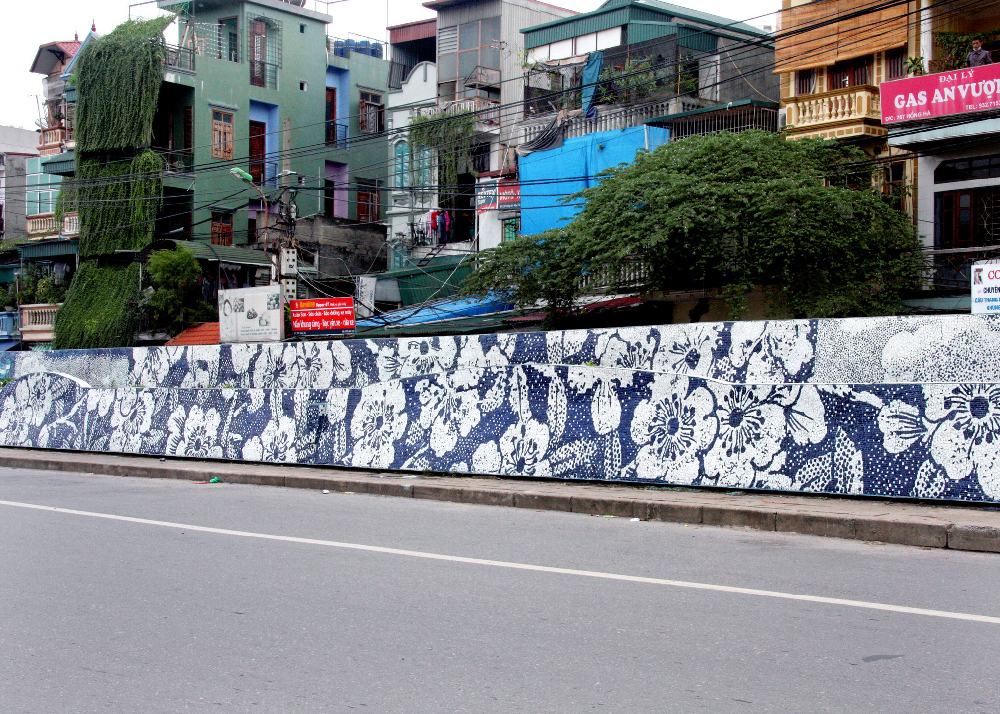 Cumbrian Blue(s) Prunus with Cracked Ice, The Hanoi Mosiac Mural. Paul Scott and the Hanoi Mosiac Workshop 2010