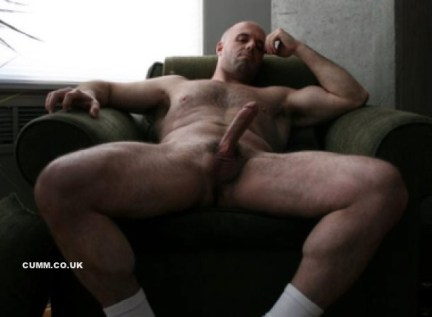 000mature-daddy-wanking-his-amazing-tool