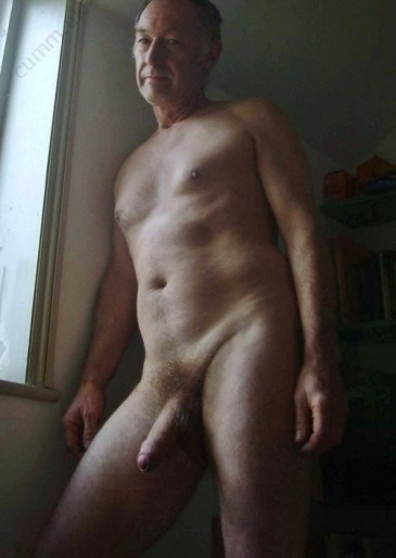 me-and-my-big-penis-100-men-reveal-all-flaccid-daddy-cock