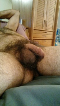 REBLOG IF YOU LIKE DADDY DICK