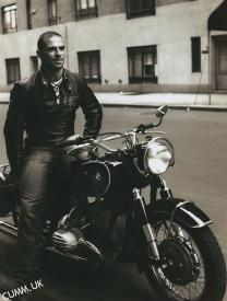 i love this picture of the young Oliver Sacks in his wild days of bikes, drugs, body building at Venice Beach and wild sex. this is such a masculine, sexy photo of a man i'm sure was the same. thanks. Anon