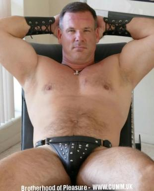 daddy master dominant in leather jock