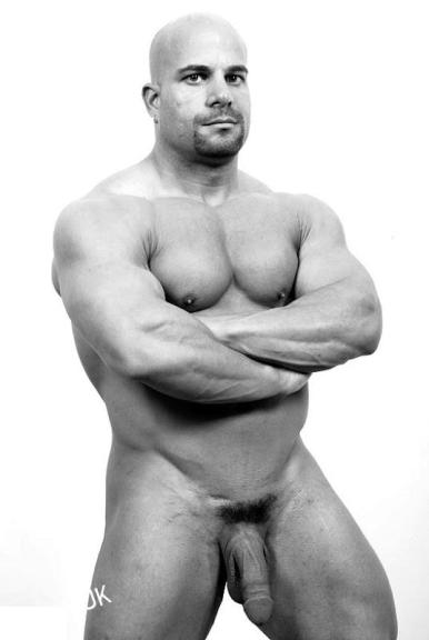 mature thickmuscle_1