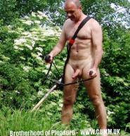 naked-gardner-alldaddy-15