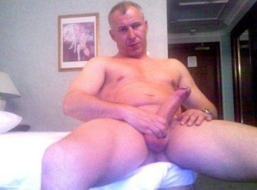 Oh man you are so fuckin hot I just wanna do everything I could imagine with you & that big cock. I also would love to feel your beautiful lips sliding up & down on my big cock MMM I would slid my tongue in your arse as you sucked my nice big cock