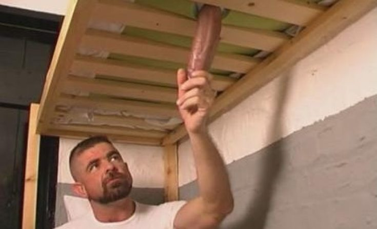 wanking the builder
