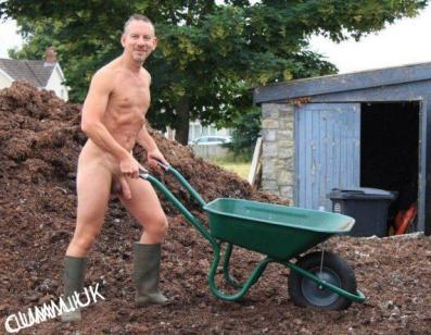 workman-naked-hung