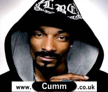 Snoop Dogg proudly presents his erect 9 inch cock