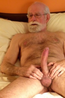 over-50-silver-foxes-wanking