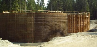 reservoir-Round-Tank-Concrete-Forming-and-Rebar