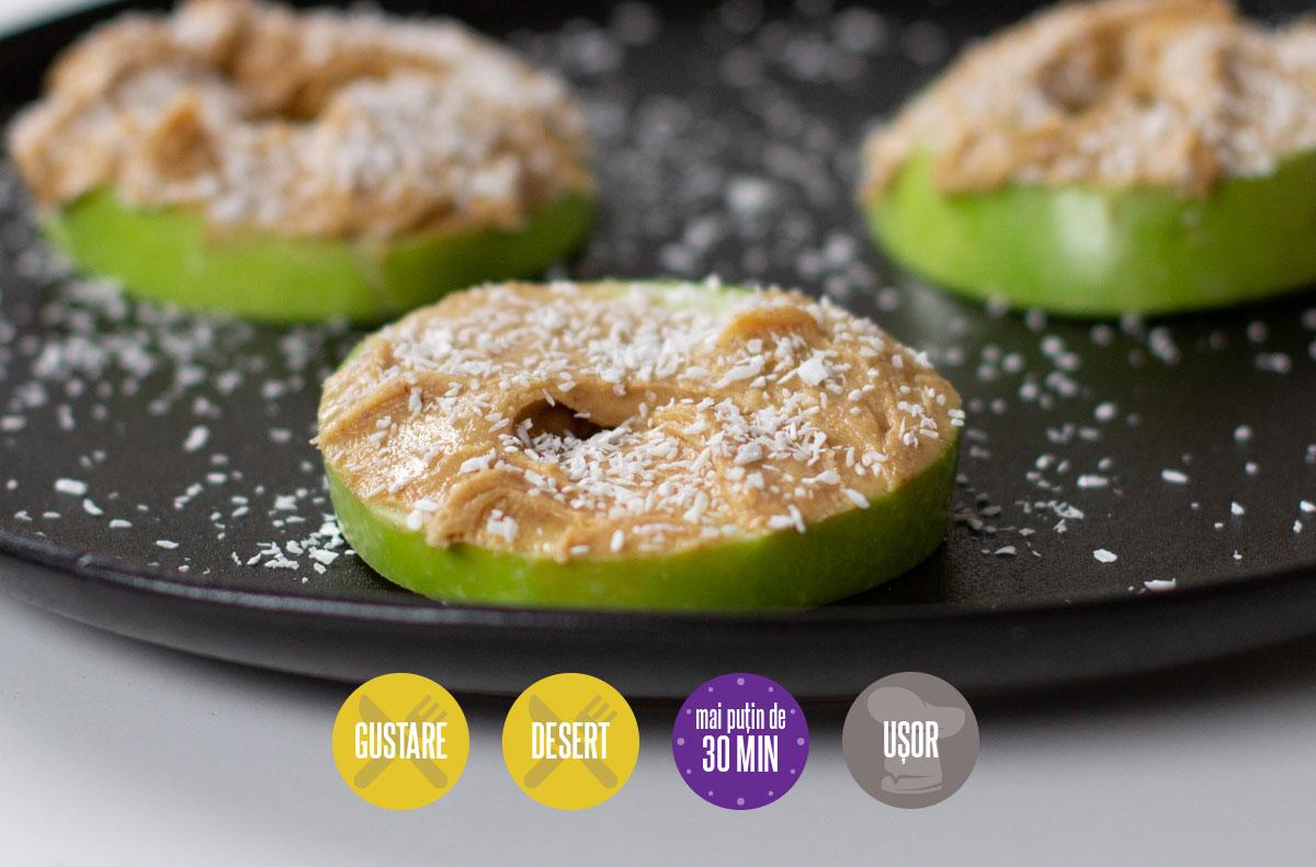 Rondele de măr cu unt de arahide
