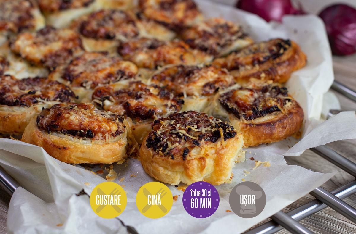 rulouri de ceapă roșie cu brânzeturi