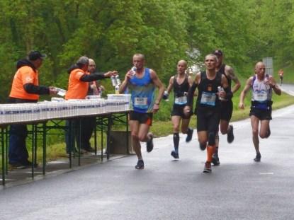 Marathon de la Loire - ravitaillement du 15ème km - Cunaultanimation