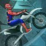 Người nhện lái xe máy