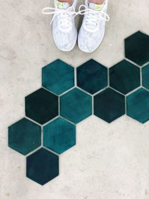 2019 4 tile trends we re obsessed with