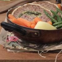 Polpettone con ripieno di verdura e mozzarella anche per celiaci
