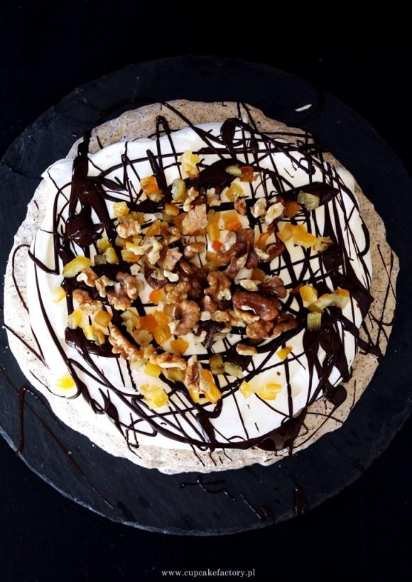 orzechowy tort bezowy2