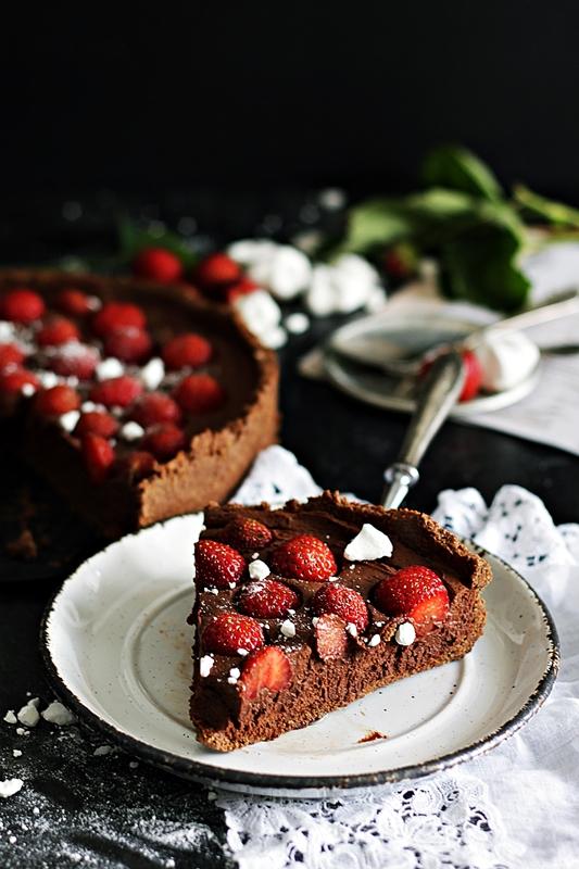 tarta czekoladowa z truskawkami_2