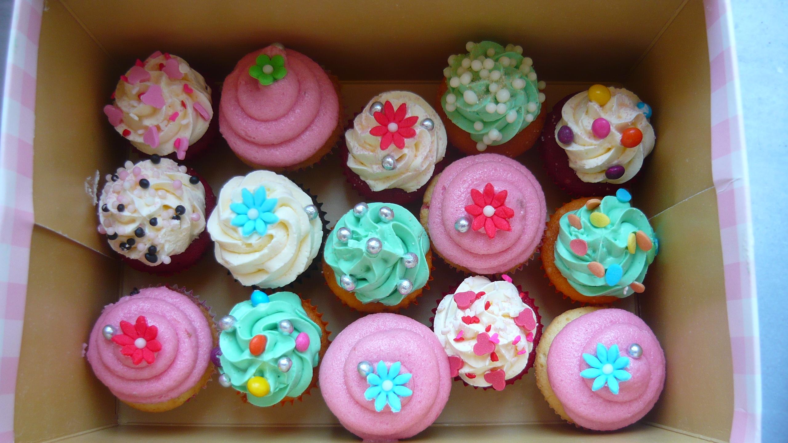 Merve S Birthday Cupcakes