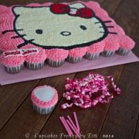 Hello Kitty Pull-Apart