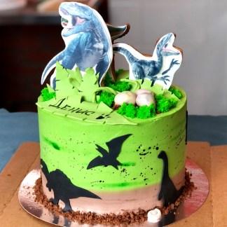 Торт с динозаврами