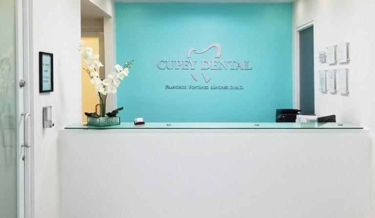 cupey_abril_dental_bg