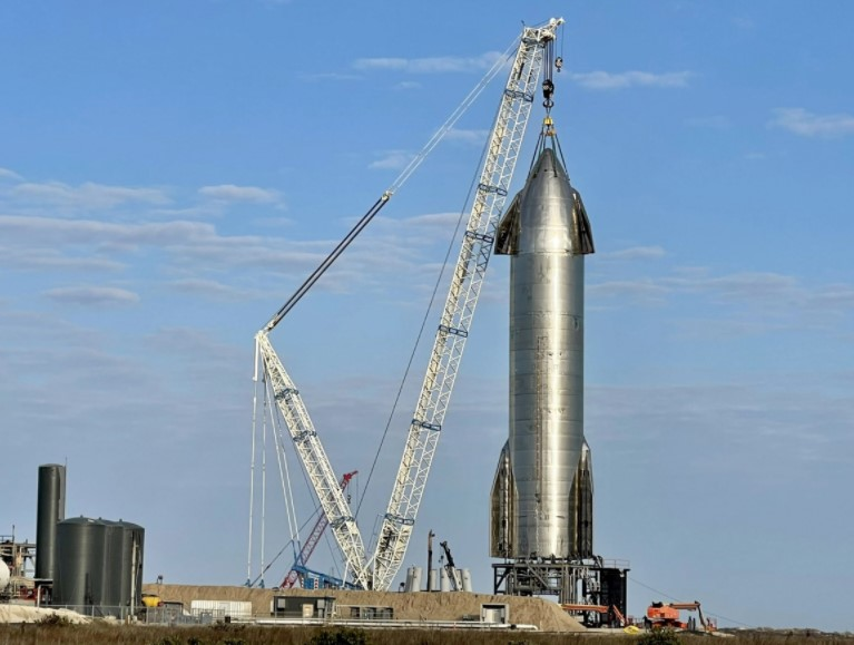 Starship SN11 alla base di lancio SpaceX di Boca Chica