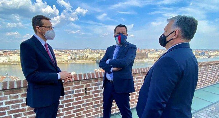 """Caro Matteo Salvini, parliamo del """"Rinascimento"""" con la Polonia e l'Ungheria"""