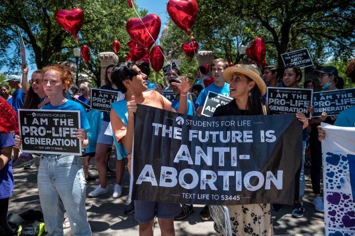 USA, legge sull'aborto in Texas: la corte suprema non la blocca