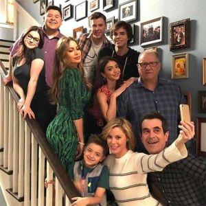 modern-family-adolescenza