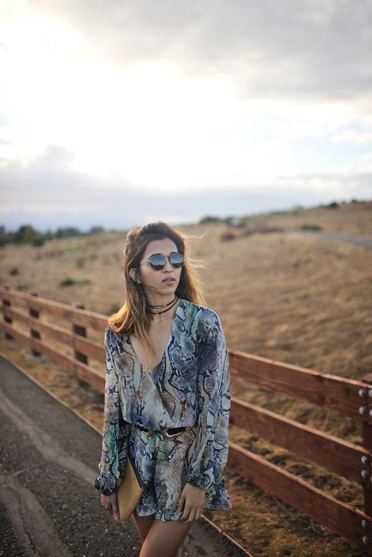 cuppajyo-sanfrancisco-styleblogger-fashion-travelblogger-fallfashion-snakeprintromper_showmeyourmumu_erindana_kelsidagger_4