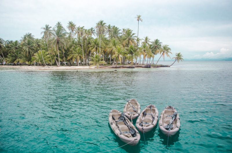 How to book a San Blas Islands boat tour bluesailing Sailing Koala X San Bas Adventures Colombia to Panama boat paradise islands caribbean kuna island