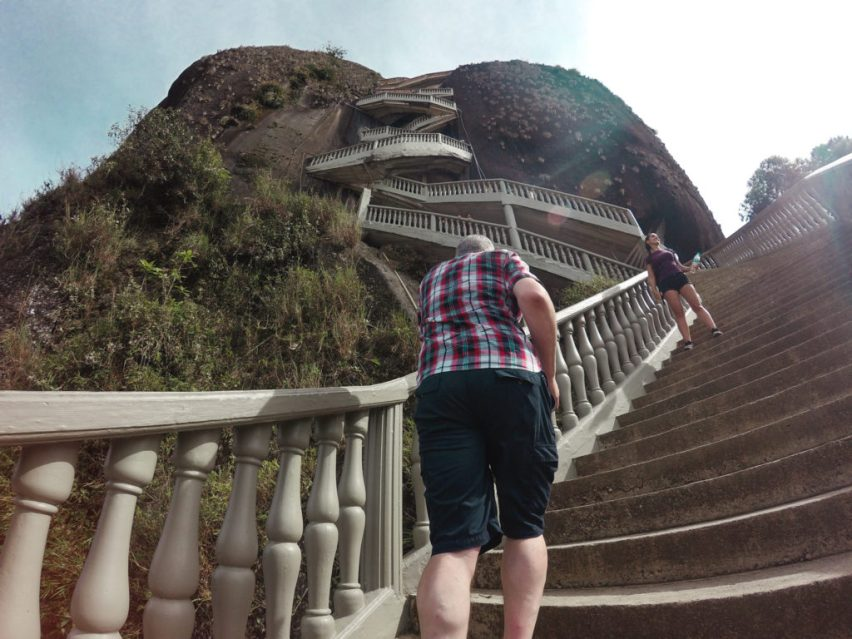 647 steps up Guatape rock lake | La piedra de Guatapé | man-made lakes | Colombia travel guide by Cuppa to Copa Travels