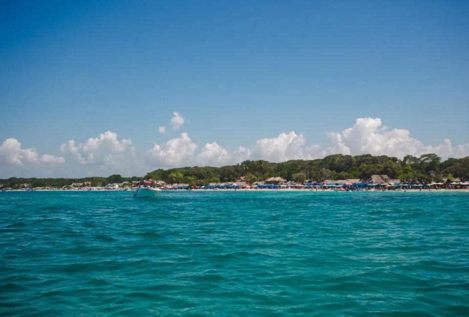 Isla Baru Playa blanca boat trip   isla grande Rosario Islands   Cartagena Day Trips   Colombia travel guides