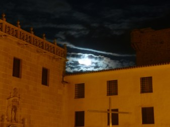 Luna santa faz4