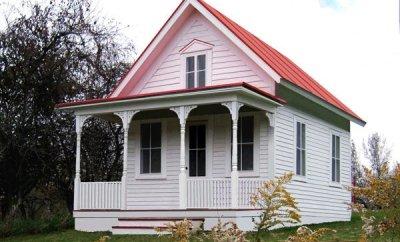 Bodega by Tumbleweed Houses