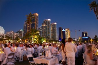 DinerEnBlanc-small-36