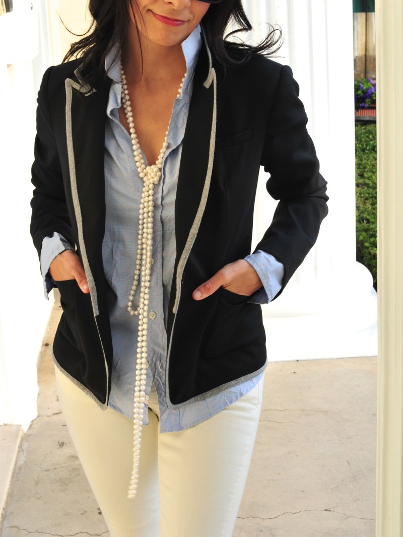 How One Accessory Gives This Outfit The Preppy Look