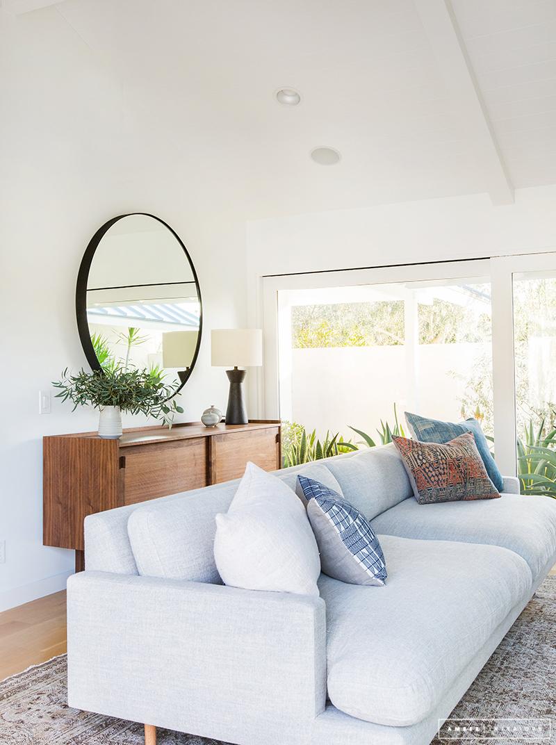 A Minimalist Mid-Century Home Tour on Minimalist Living Room  id=54084