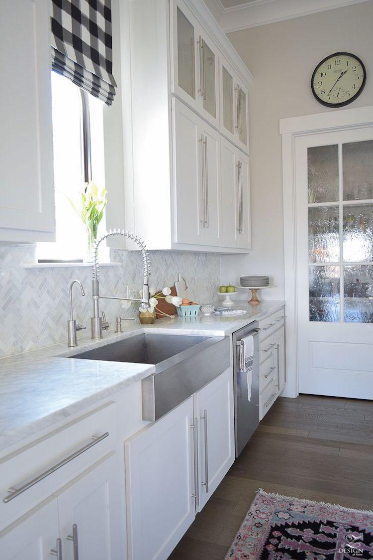 white marble kitchen backsplash ideas