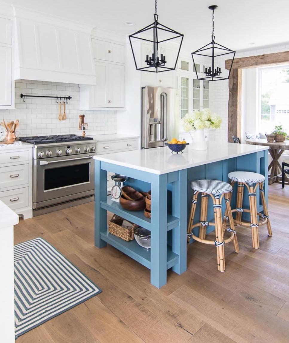 17 coastal kitchen decor ideas for a