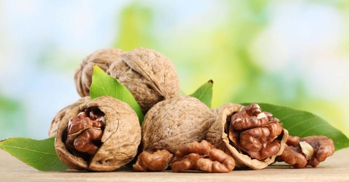 10 Health Benefits Of Walnuts For Skin, Hair And Health.