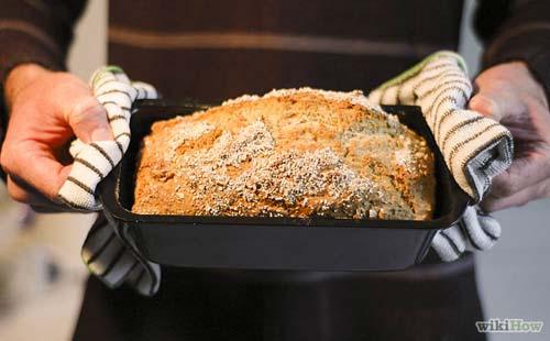 Vegan Oatmeal Bread