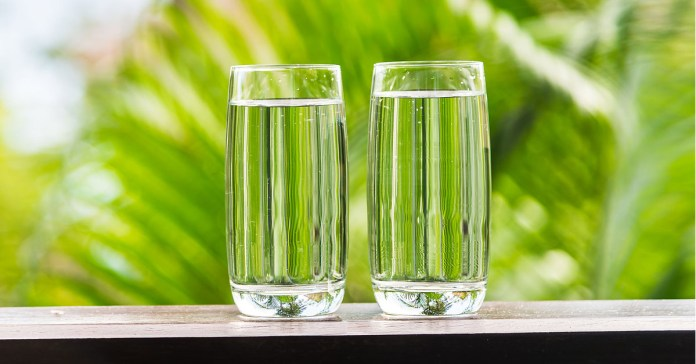 drinking water in empty stomach advantages