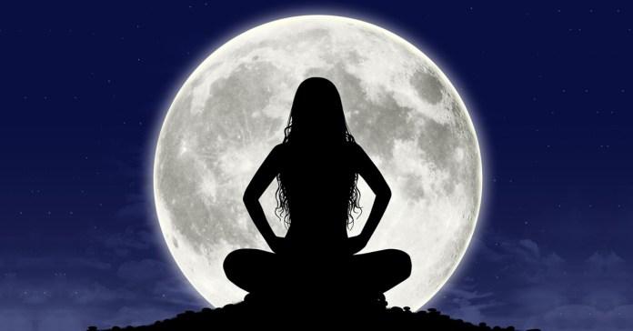 Chandranamaskara Strengthens Your Creative Energy