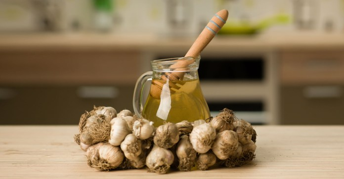 benefits of honey and garlic