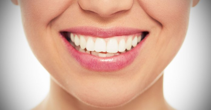 Can_Specific_Foods_Whiten_Stain_Teeth