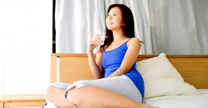 Should You Drink Water Right After You Get Out Of Bed?